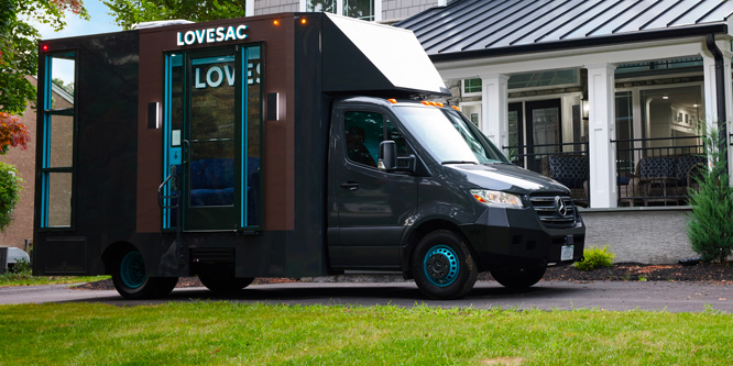 """""""Mobile retail aspires to attain food truck-like popularity"""" by Tom Ryan via Retail Wire"""